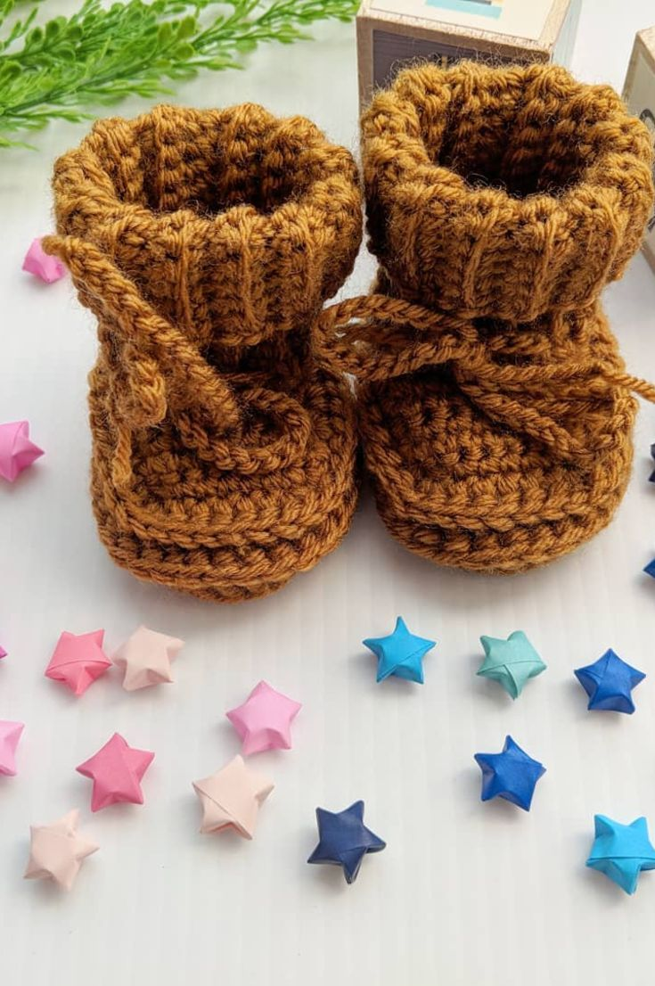 crochet-baby-booties-30-cute-and-free-bow-crochet-baby-shoes-patterns-new-2019
