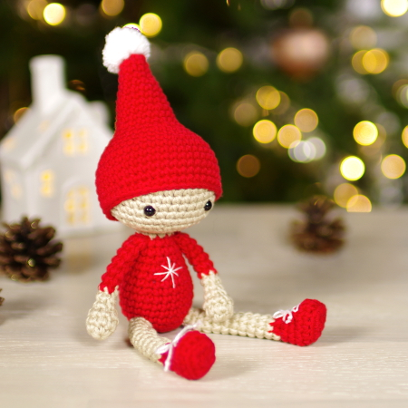 free-pattern-small-christmas-elves-2021
