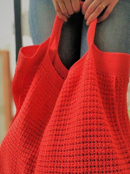 free-pdf-crochet-bags-that-you-can-use-in-summer-or-winter-2021