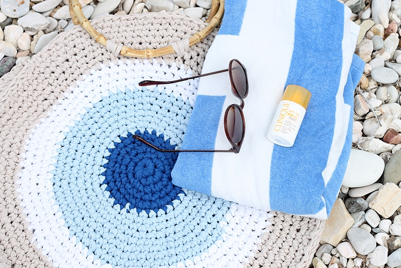crocheted-beach-bag-amazing-beautiful-beach-bags-35-free-crochet-patterns-new-2019